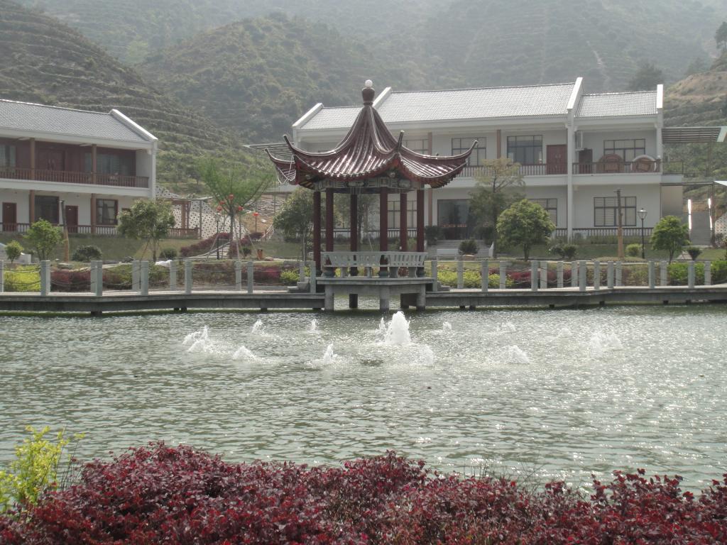台州涌泉山庄拓展营地